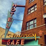 Stay at the Murray Hotel with dinner at Second Street Bistro